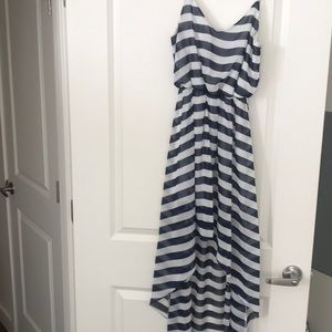 Soprano blue and white dress